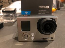 GoPro hero 3 black edition like new with accessories