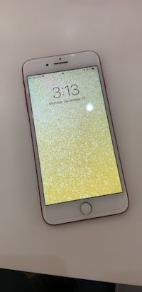 gold iPhone 6 with black case Pickering, L1V 1B8
