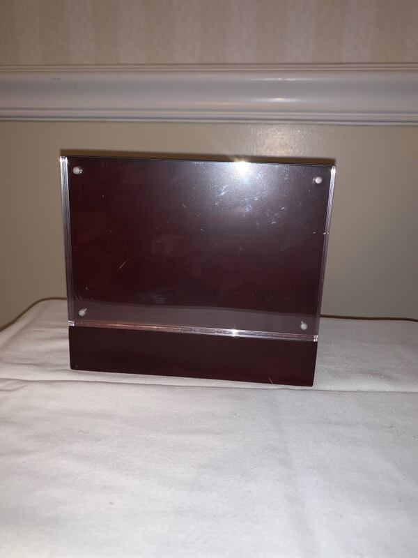 Home Stylish Magnetic Picture Frame 304454de-5988-4437-be4b-5d2ceb482d12