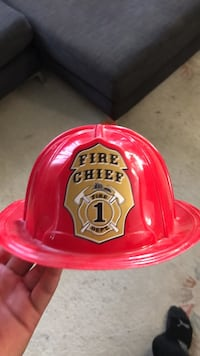 Kids fire chief hat toy New Westminster, V3M 3M8