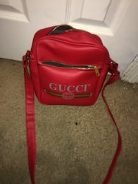 Red and black leather crossbody bag Silver Spring