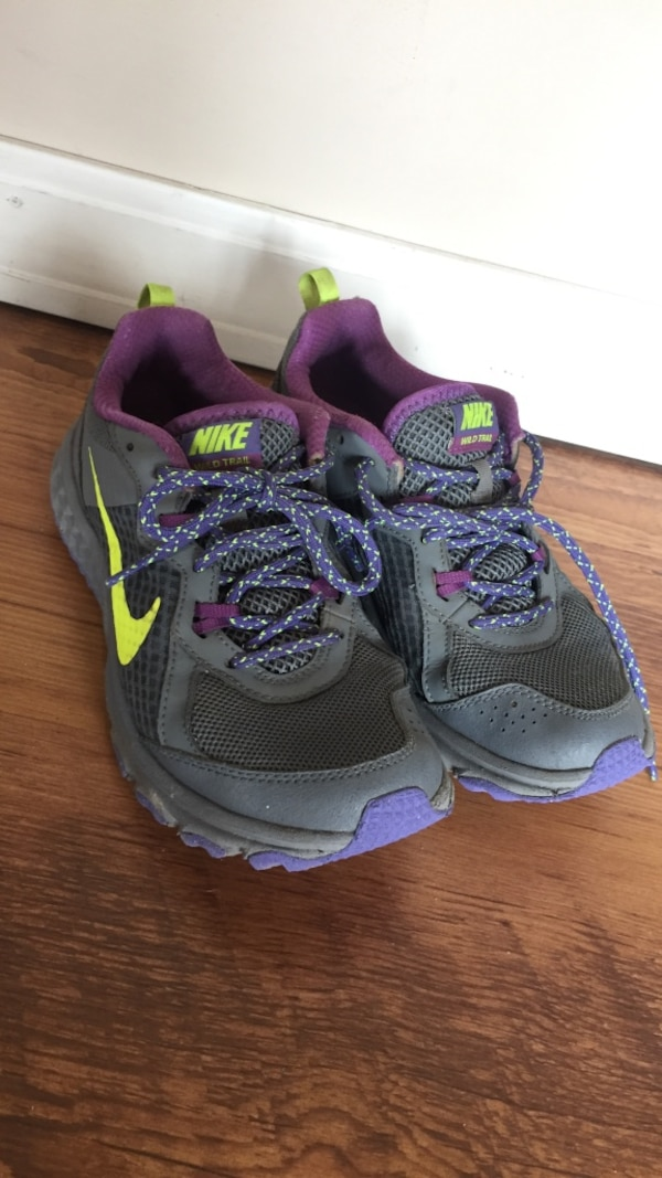 Nike trail runners/hikers 7.5