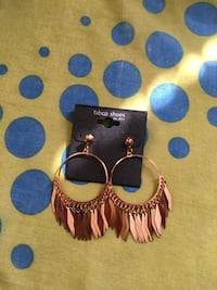1 Pair new earrings  Passaic, 07055