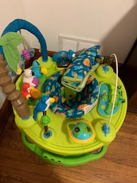 Baby's green and blue activity saucer 61 mi