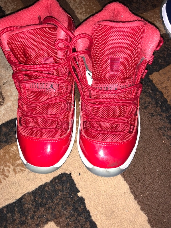 ca06431c836e Used Pair of red air jordan 11 s for sale in Atlanta - letgo
