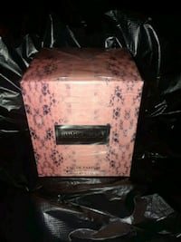 pink and white floral chest box Baltimore, 21213