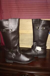 Boots Knoxville, 21758