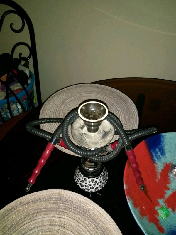 red and black cheata print hookah
