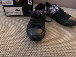 Girls size 12 all star converse