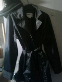 black and white zip-up jacket London, N5Z 1S3