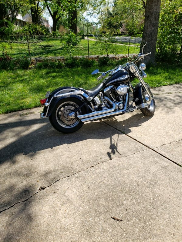 2003 Harley heritage 23793675-9d88-49fe-bfd3-a4b47095f53b