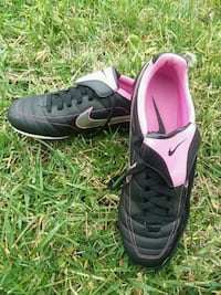 Women's Nike Soccer Cleats sz  11 Knoxville, 37918