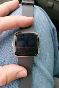 Fitbit versa with screen protector