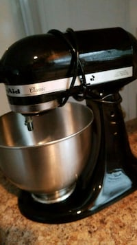 kitchen aid mixer Rockford, 37853