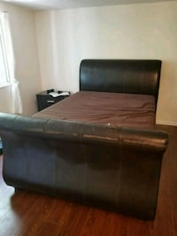 brown leather 2-seat sofa Alexandria, 22312