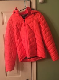 Ladies Small Bubble Jacket  Hagerstown, 21742