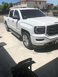 2018 GMC Sierra chrome side steps 1 week old Livermore, 94551