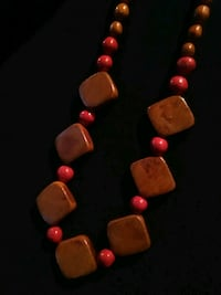 Long Vintage Wooden Beaded Necklace Diamond Red Portland, 97236