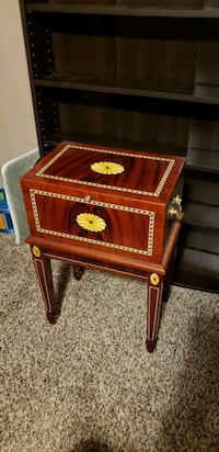 red and brown wooden humidor Jamestown, 14701