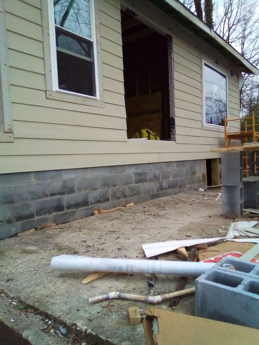 Photo Subcontracting..... In need of a few good carpenters in need and willing to work.. for information contact Thomas (