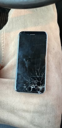 64g 6s cracked screen ..everything works fine