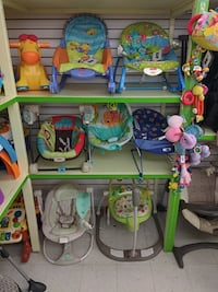 BOuncers and Rockers for babies n30 Toronto