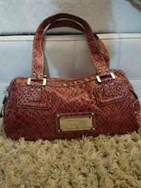 Red faux snake skin GUESS handbag Vaughan, L4H 3A6