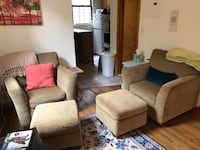 MUST GO TODAY! GREAT DEAL 2 chairs w/ottomans New York, 10024
