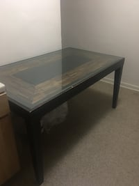 Dining table (Must Go!) Cash only Washington