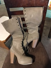 gray leather platform lace-up booties Constantia, 13042