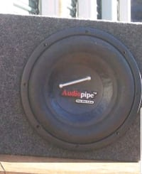 2 1000 watt 10 inch in custom g35 box Norfolk, 23504