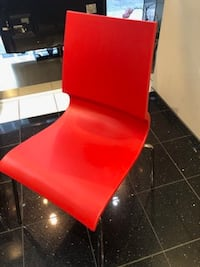 4 reception red hard chairs