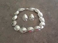 Ladies Silver Necklace and Matching Eaarings Ottawa, K0A 1L0