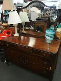 3 Drawer Dresser with Mirror Odenton, 21113