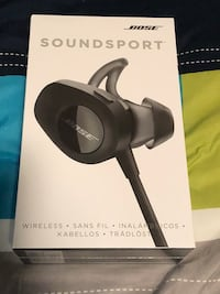 ((NEW) Bose Soundsport wireless headphones Chantilly, 20152