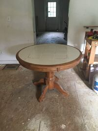 Dining Table with tile top and solid oak base Louisville, 40218