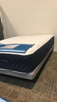 blue and white mattress pack Sterling, 20166