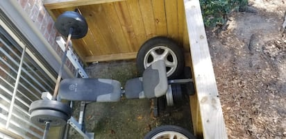 Weight bench with weights included