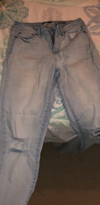 High waisted knee-ripped jeans Acworth, 30101