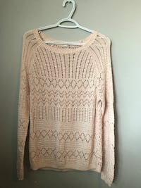 medium pink knitted sweater  Kelowna, V1X 4T4