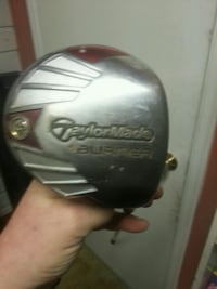 silver and red TaylorMade golf driver White Rock