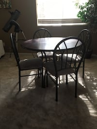 Round Dining Table with 4 chairs Las Vegas, 89129