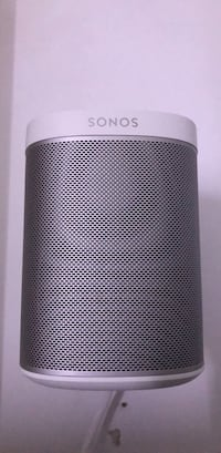 SONOS PLAY - 1 White Speaker Set and Mounting Brackets Toronto, M5S 0B7