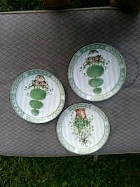 three white ceramic plates with cups Gadsden, 35904