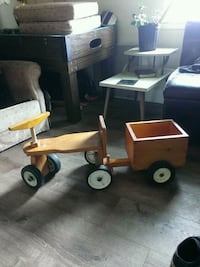 Wooden tricycle  Welland, L3B 3W9