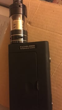 Fuchai vape with batteries and charger bundle with vape juice