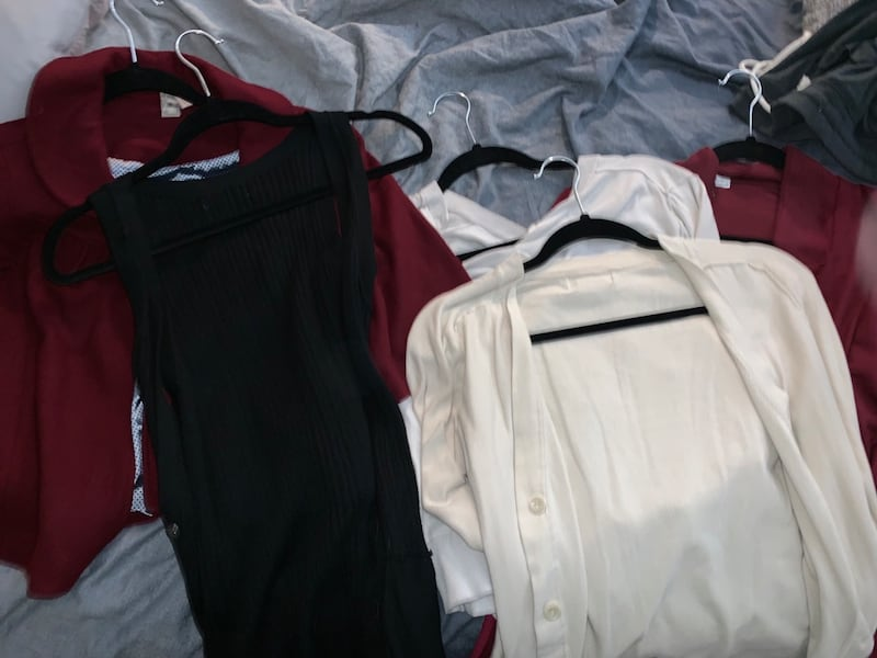 Huge lot of name brand women's clothing (size M) 78e007f4-6120-4612-b5af-67a2a9e49cbe
