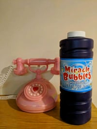 Miracle Bubbles & Old School Phone Brooklyn, 11238
