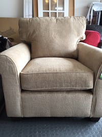 New Accent Chair  Airdrie, T4B 3W3