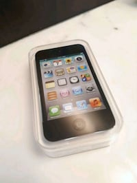 NEW UNUSED Apple iPod Touch 4th Gen 8GB Toronto, M2N 1A3